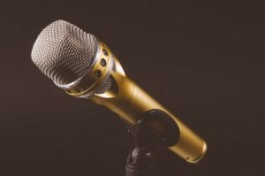 13 Tips to Overcome Public Speaking anxiety