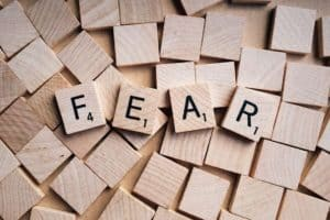 8 Tips on How to Overcome the Public Speaking Fear