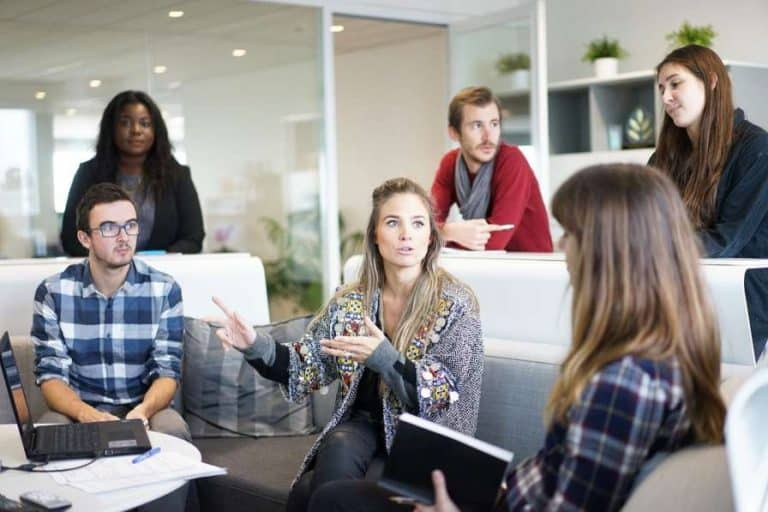 10 Effective Communication Skills to Jump-start Your Career